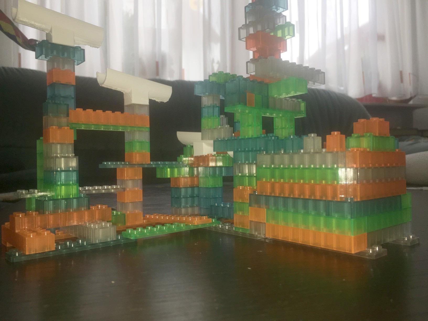 Burg aus lumentics-Leuchtsteinen